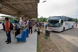 Bus waiting at the Costa Rica border