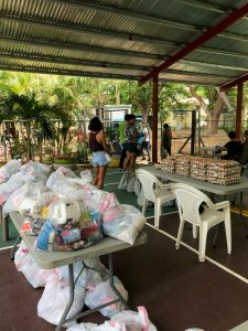 Packages of food for local relief in Playa Hermosa