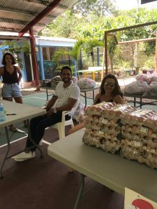 Playa Hermosa Food Drive helpers