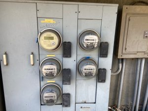 Meters for measuring utility costs in Costa Rica